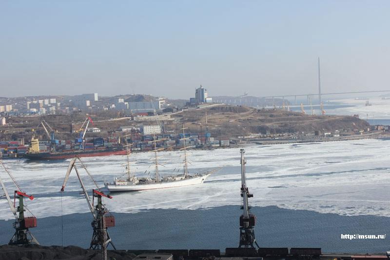 «Надежда» отправилась в Черное море