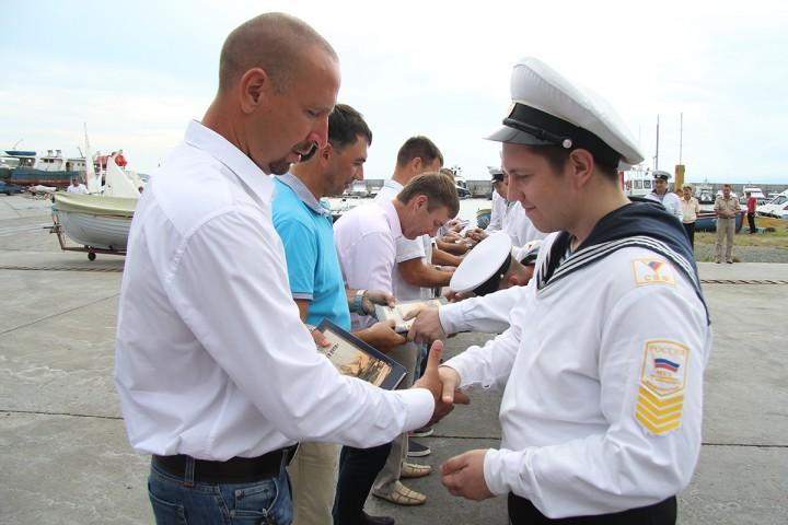 Новый ял подарили выпускники Морскому университету