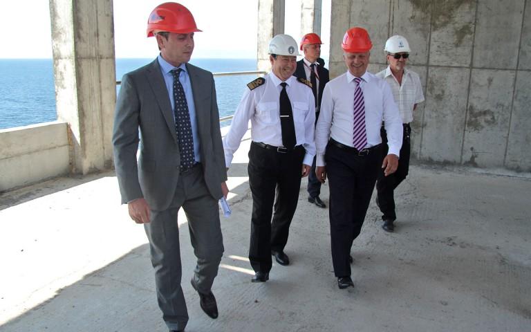 Министр транспорта похвалил строительство тренажерного комплекса