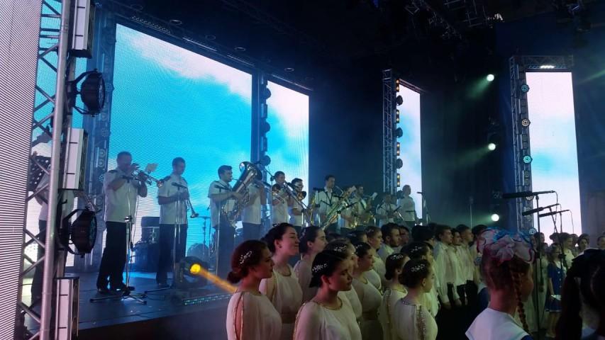 Музыкальная маринистика в подарок морскому городу