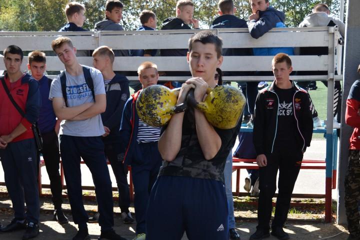 В соревнованиях «Золотая осень – 2018» победили курсанты-первокурсники