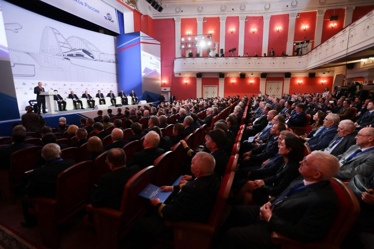 Съезд транспортников России: взаимодействие власти и бизнеса
