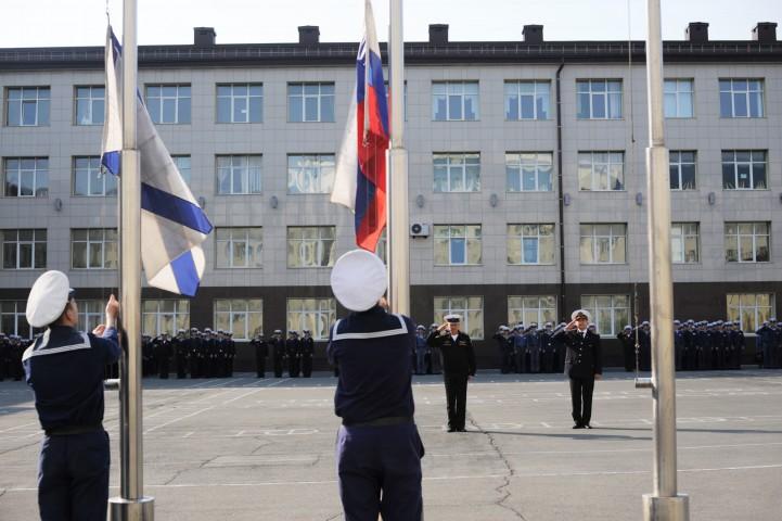 159 курсантов награждены медалью за участие в Параде Победы
