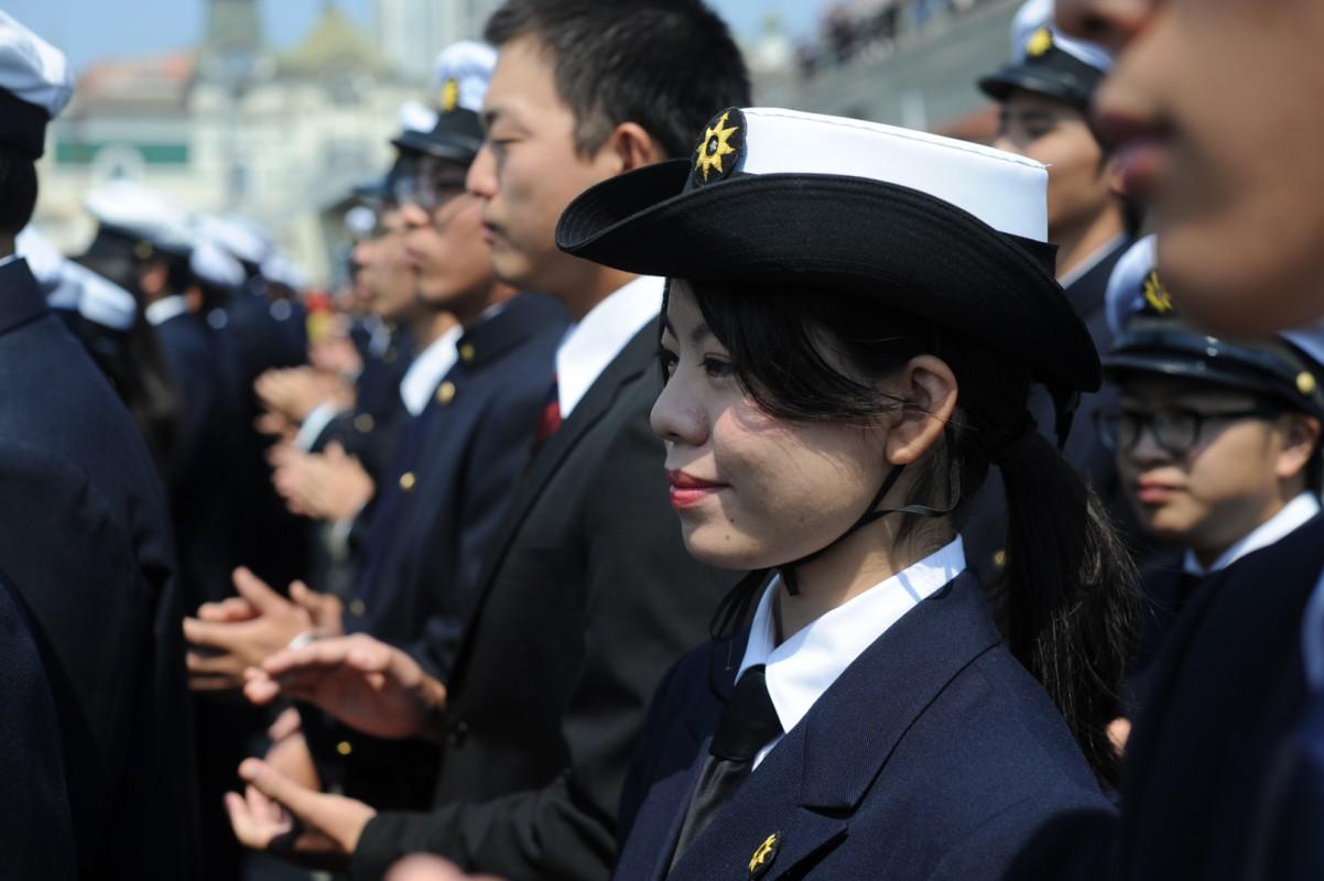 Владивосток встретил японский парусник Kaiwo Maru