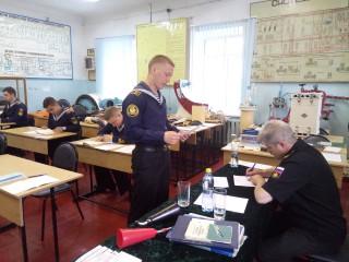 На военной кафедре оценили знания будущих офицеров и рядовых запаса