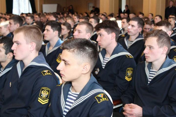 Наши выпускники достойно представляют вуз на морских путях мира