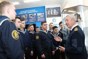 Выставка в музее к 100-летию Красной Армии