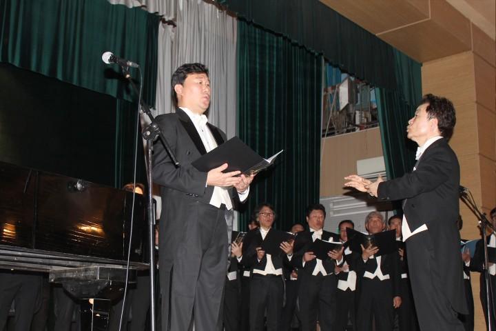 На нашей сцене выступил Мужской академический хор «Korea Male Chorus»