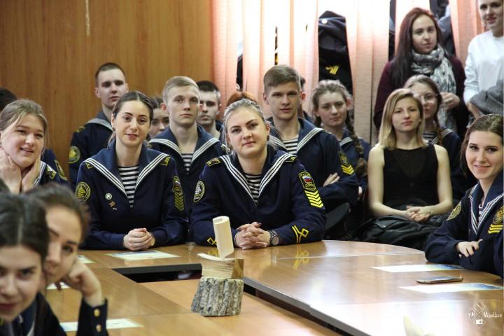 Наблюдателям на выборах вручены благодарности Общественной палаты Приморья