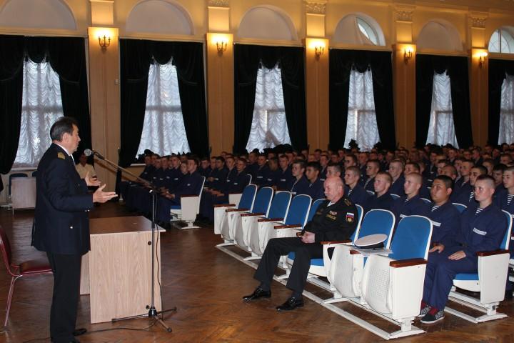 Традиционная встреча ректора с курсантами-первокурсниками
