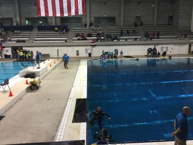 Подводный робот поднимал обломки затонувшего самолета, чинил донный сейсмометр и устанавливал приливную турбину