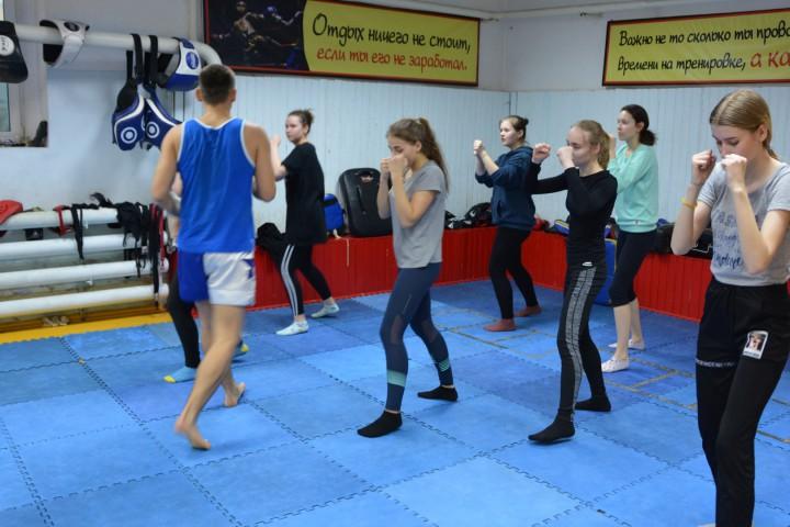 В Амурском филиале прошла открытая тренировка для студенток