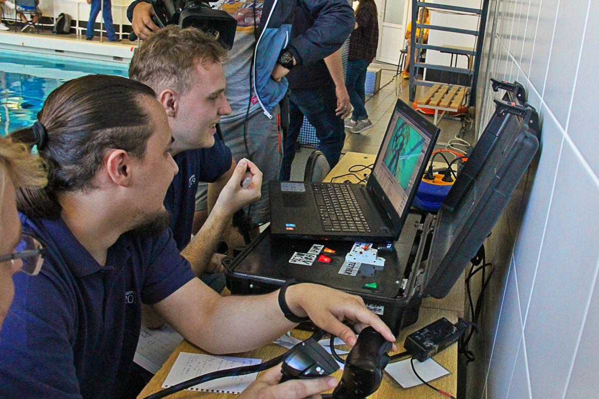 За год студенты приблизились к практическим навыкам в робототехнике