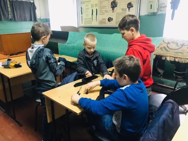 Школьники Приморья в дни каникул познакомились с морским вузом