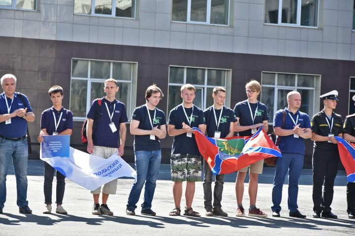 Студенческие подводные роботы «прилетели» с разных концов России