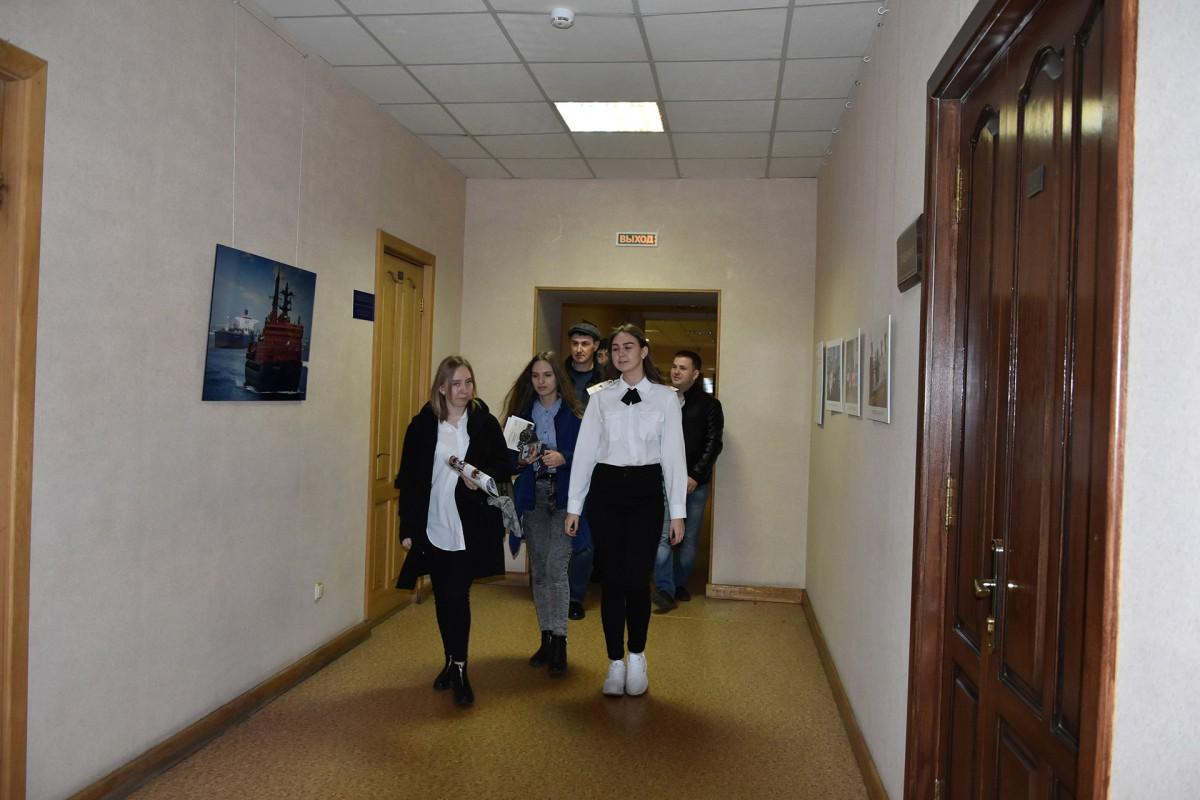 Школьники Дальнего Востока познакомились с Морским университетом