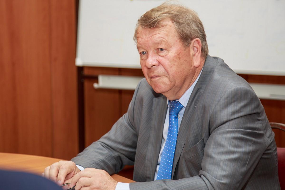 Профессор А.А. Луговец награждён японским орденом