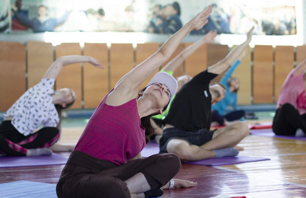 Open yoga workshop: emotionally and positively!