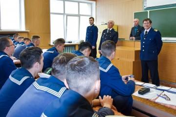 Судовые капитаны встретились во Владивостоке с курсантами МГУ им.адм. Г.И.Невельского