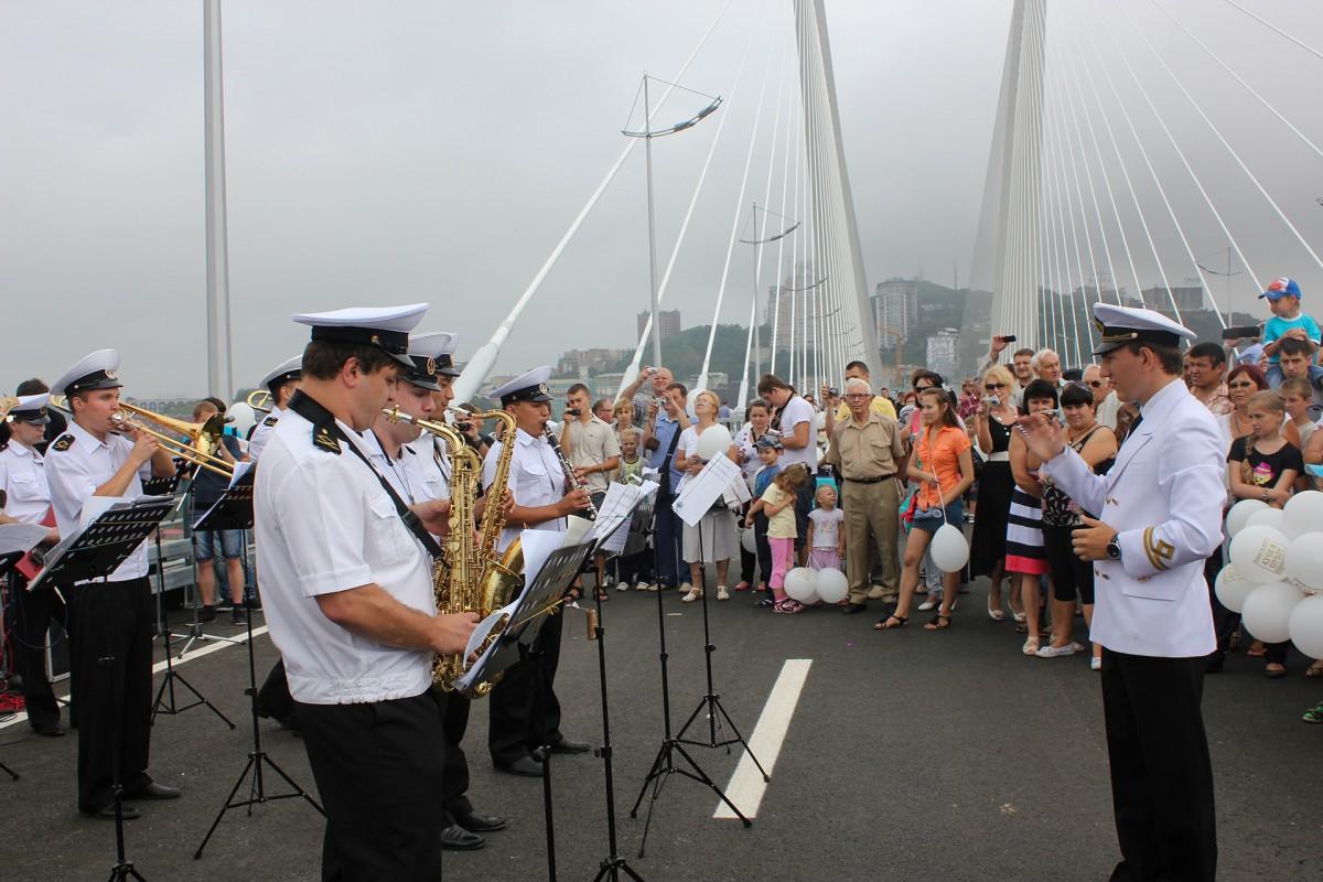 Сегодня оркестр Морского университета отмечает во Владивостоке свой день рождения